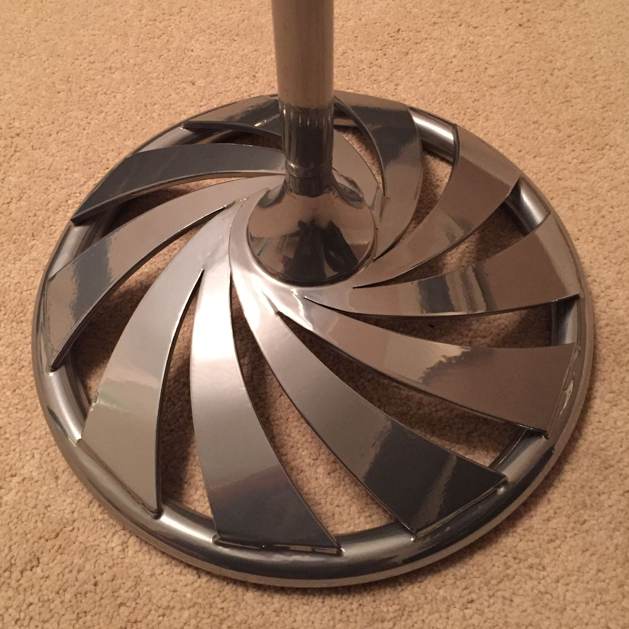 Swirl Microphone Stand